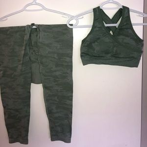 Light green camo activewear set